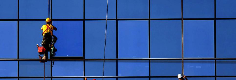 limpeza-de-fachadas-vidro
